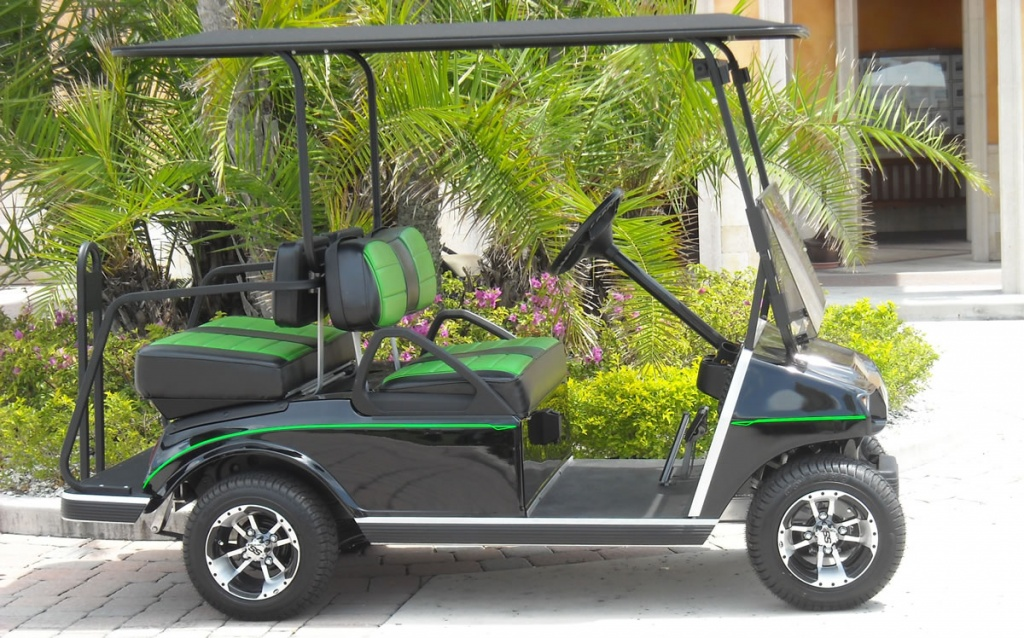 Green and black golf cart image